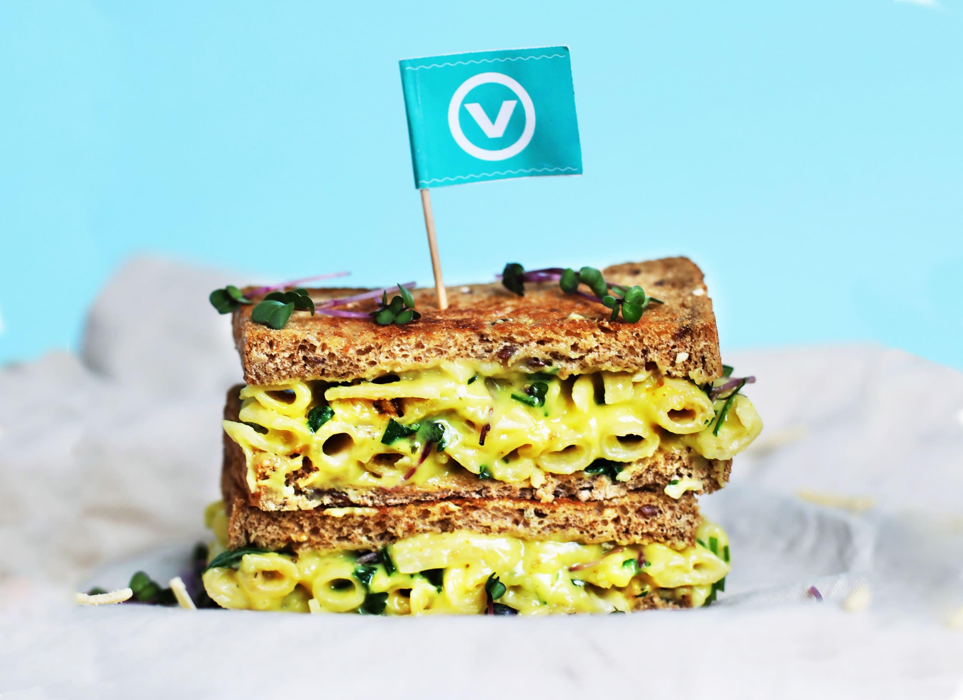 Mac 'n' Bedda Sandwich